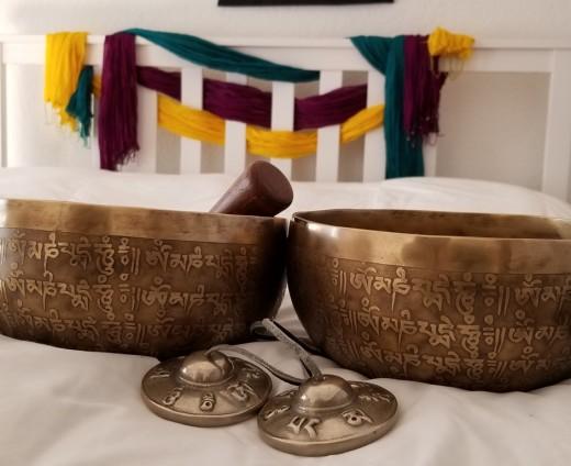 Singing Bowl – Soundbath and Sound Healing – Trinity of Yoga
